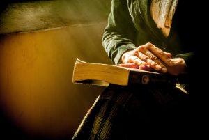 Recitare i salmi come fossero incantesimi