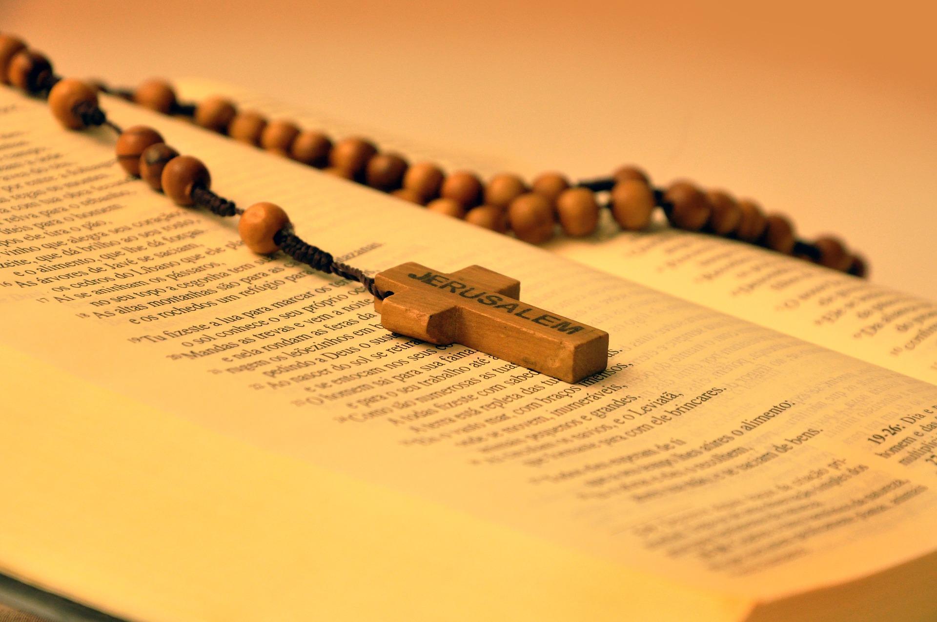 Il rosario è un potente strumento contro il male