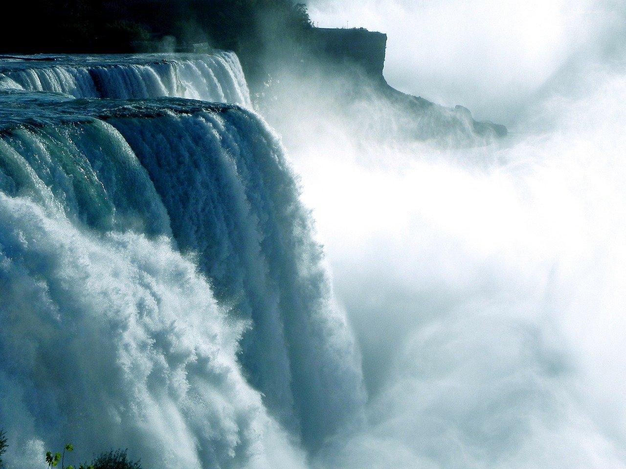 L'acqua e l'inconscio travolgente