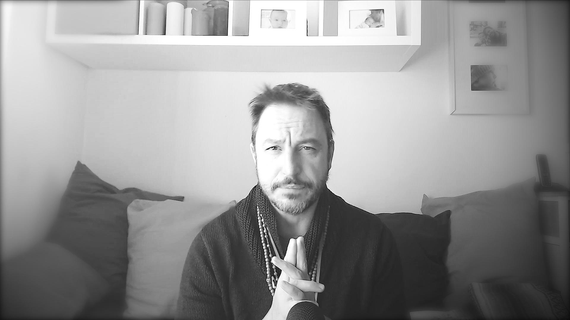 I veri strumenti del Mago, della strega, dello sciamano risiedono in Intuizione, Volontà, Cuore e Anima