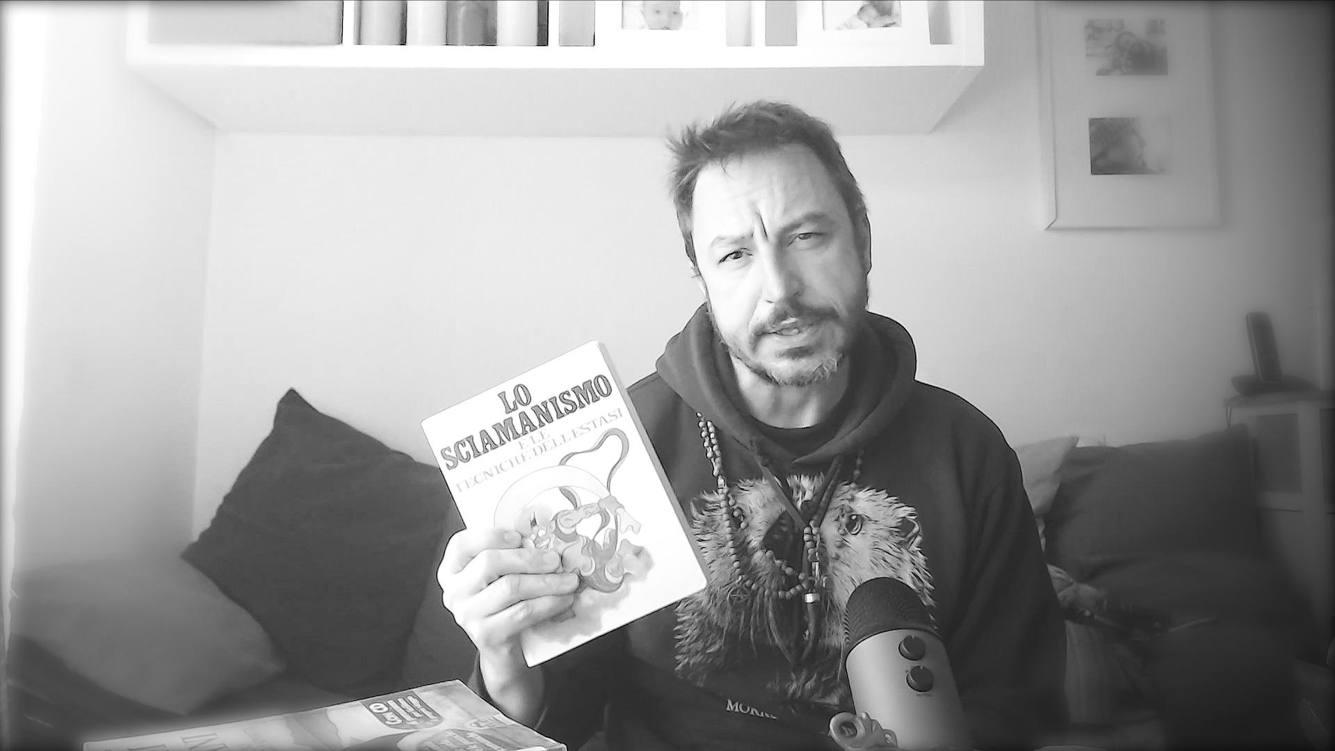 Lo sciamanismo e le tecniche dell'estasi di Mircea Eliade