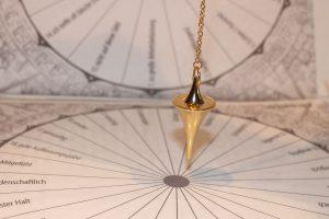 Spiriti o entità influenzano il pendolo?