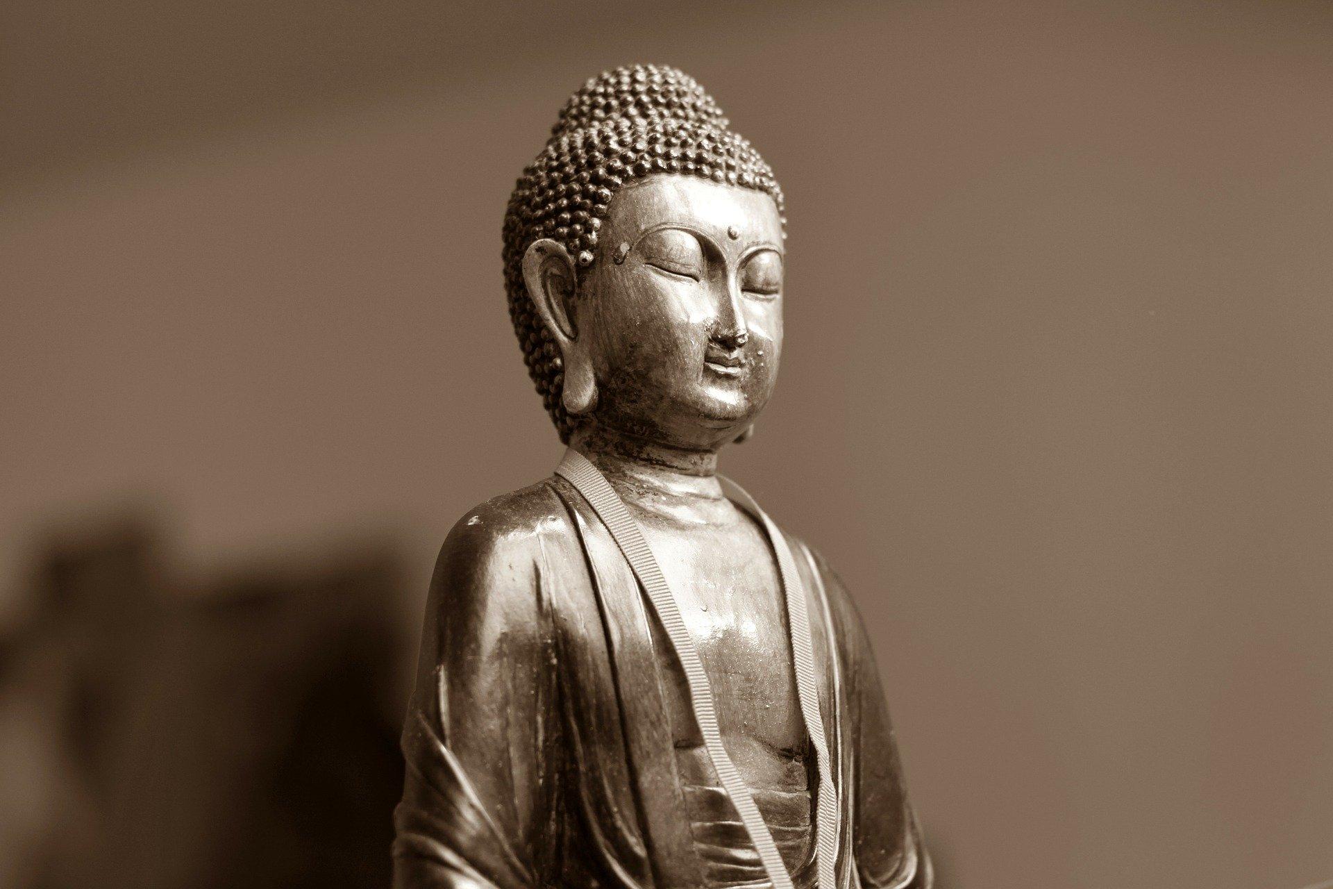 03 - Il terzo consiglio consiste nel meditare sul terzo occhio o sesto chakra