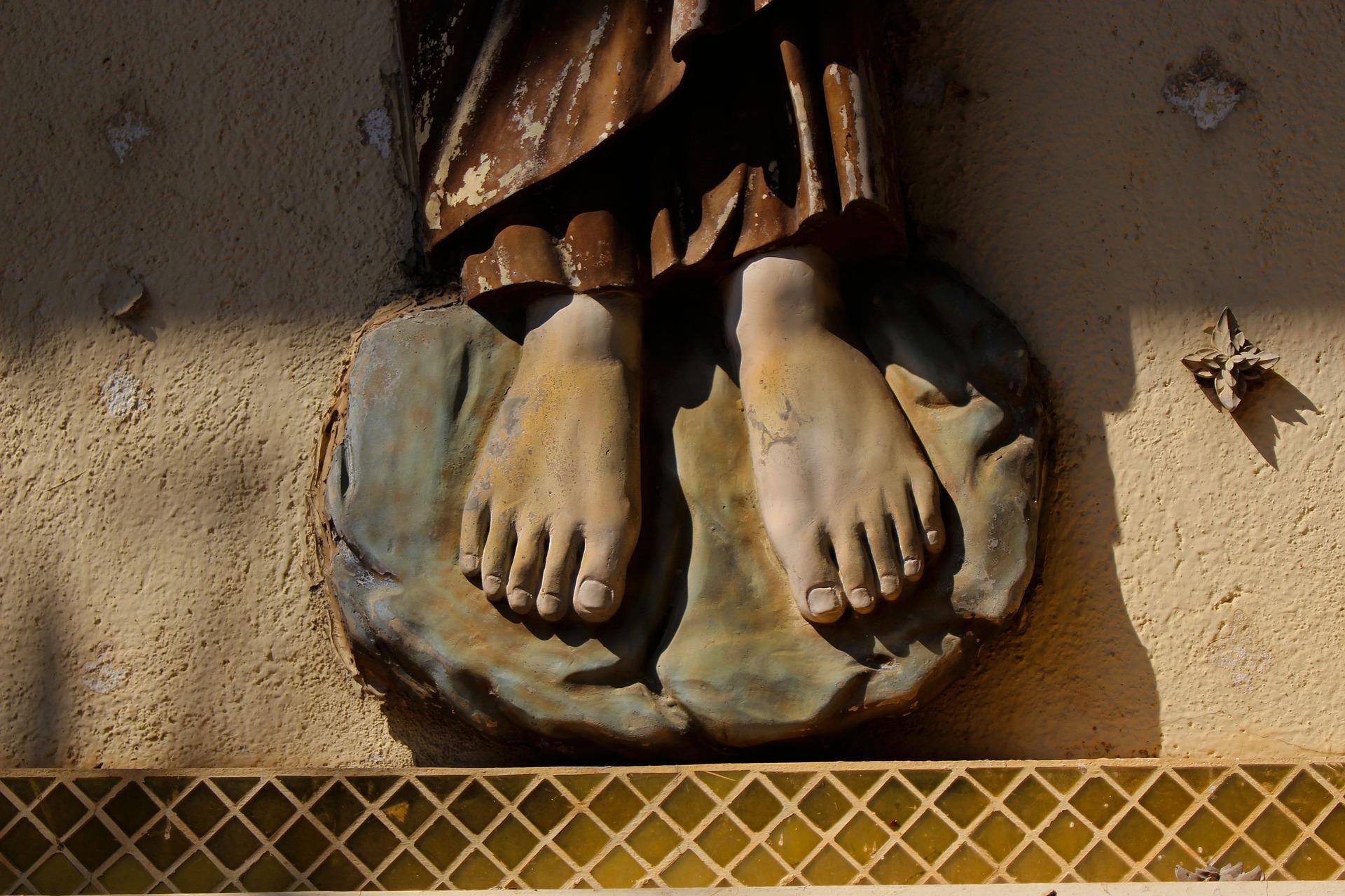 Il piede destro è vostro padre, il piede sinistro è vostra madre...