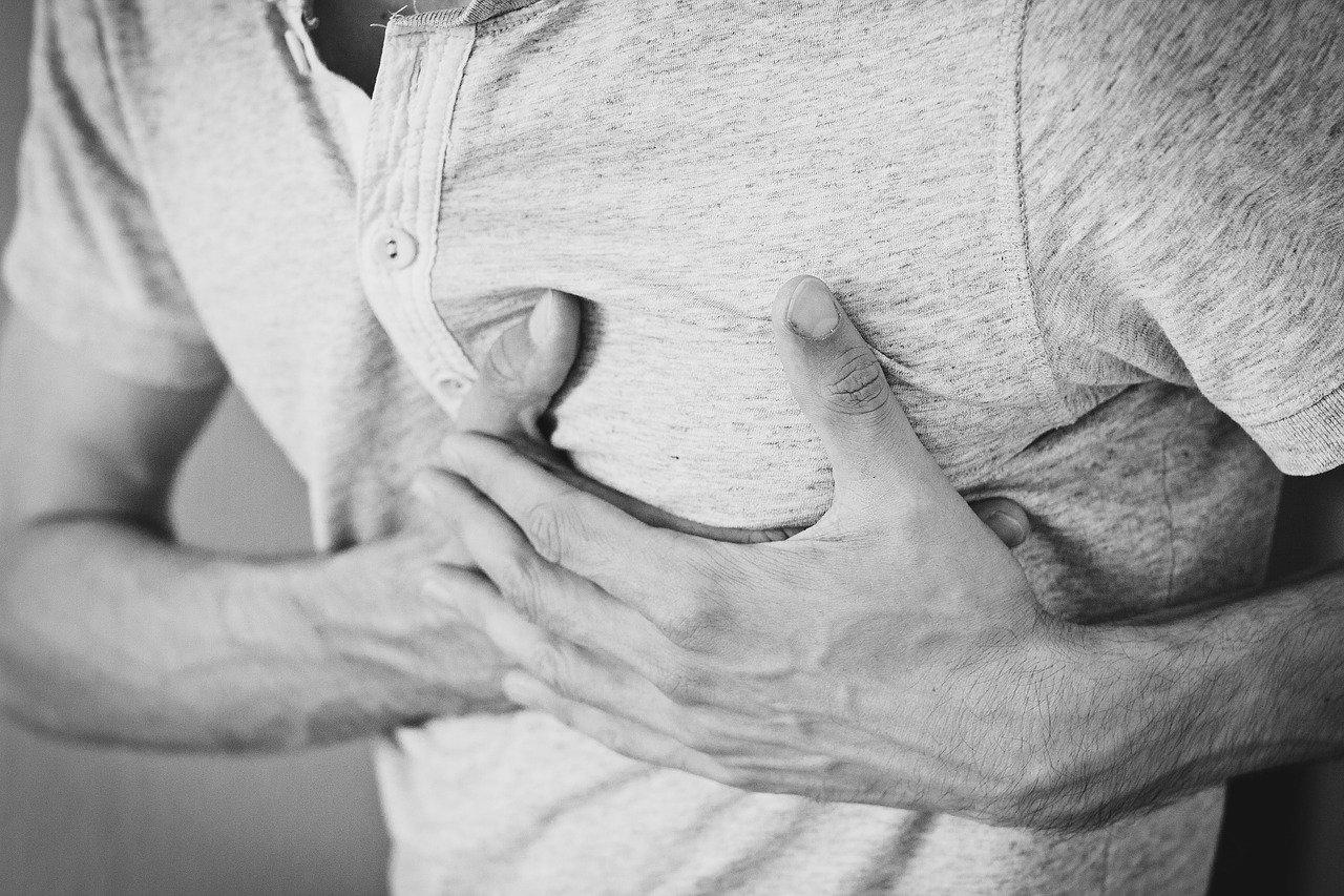 02° - Segnale: Palpitazioni cardiache specialmente nei giorni in luna piena ?