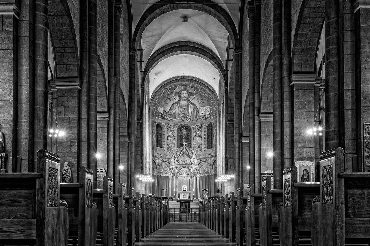27° - Segnale:Sensazione di malessere nell'entrare in una chiesa.